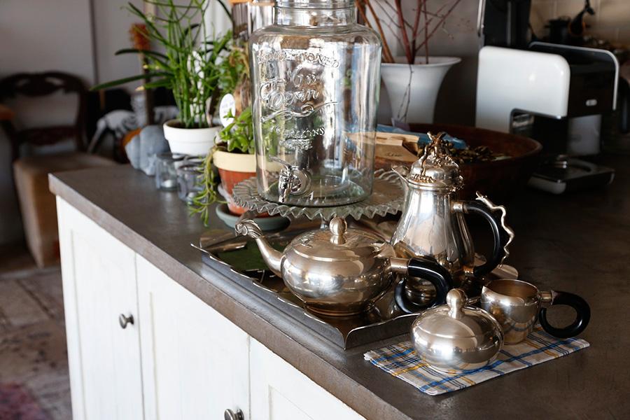 大人数のパーティの時は、ガラス製のサーバーにデトックスウォーターを作り、好きに飲んでもらうそう。