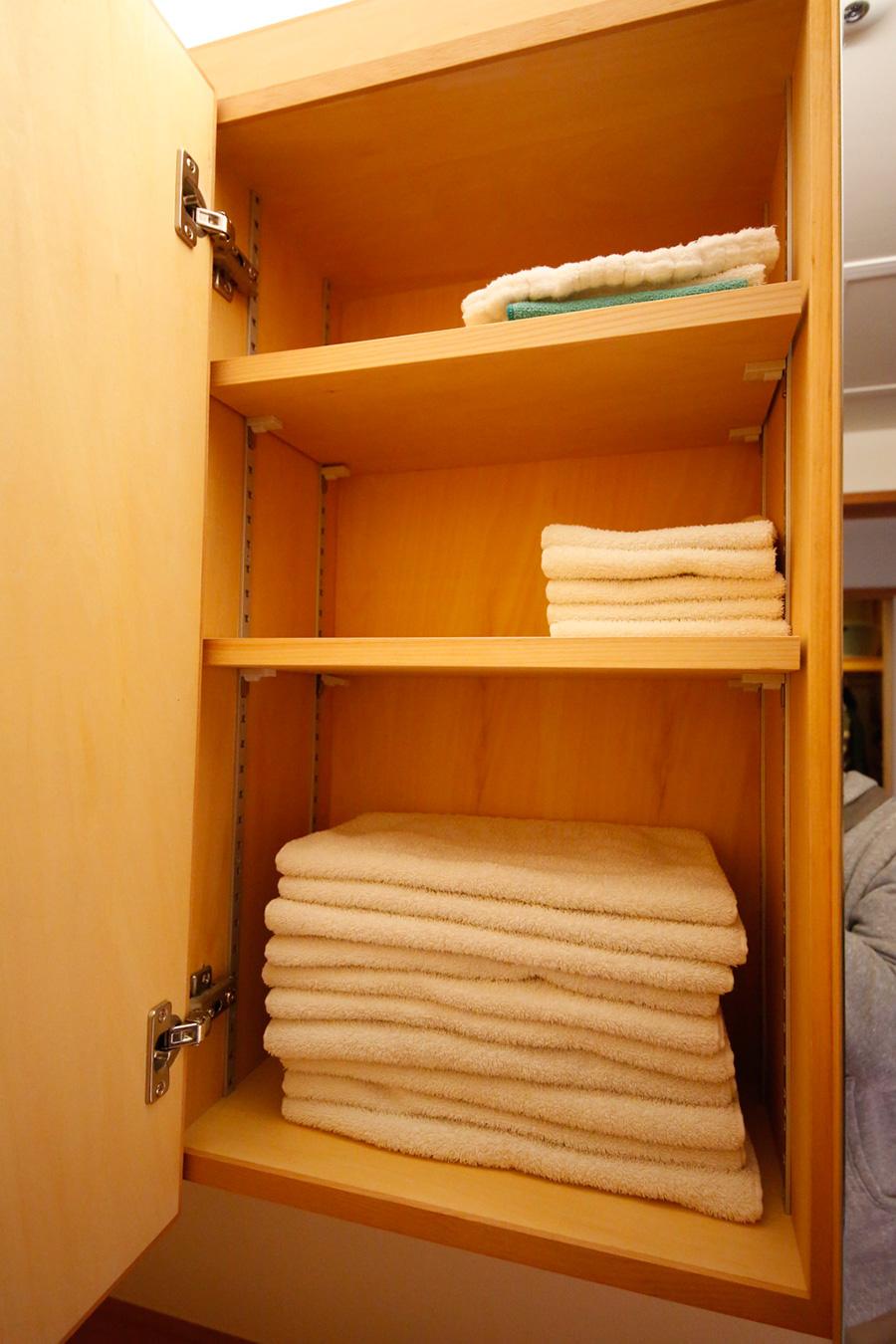 森山家のバスまわりのタオル類はこれだけ。毎年必ずお正月に、新しいものに取り替えるのが習わし。