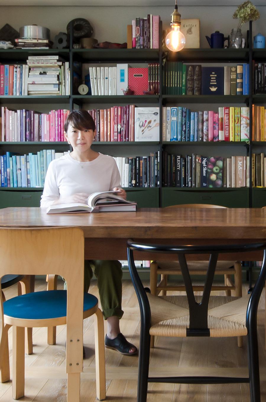 小堀紀代美さん。富ヶ谷の「LIKE LIKE KITCHEN」を経て、料理教室を主宰。