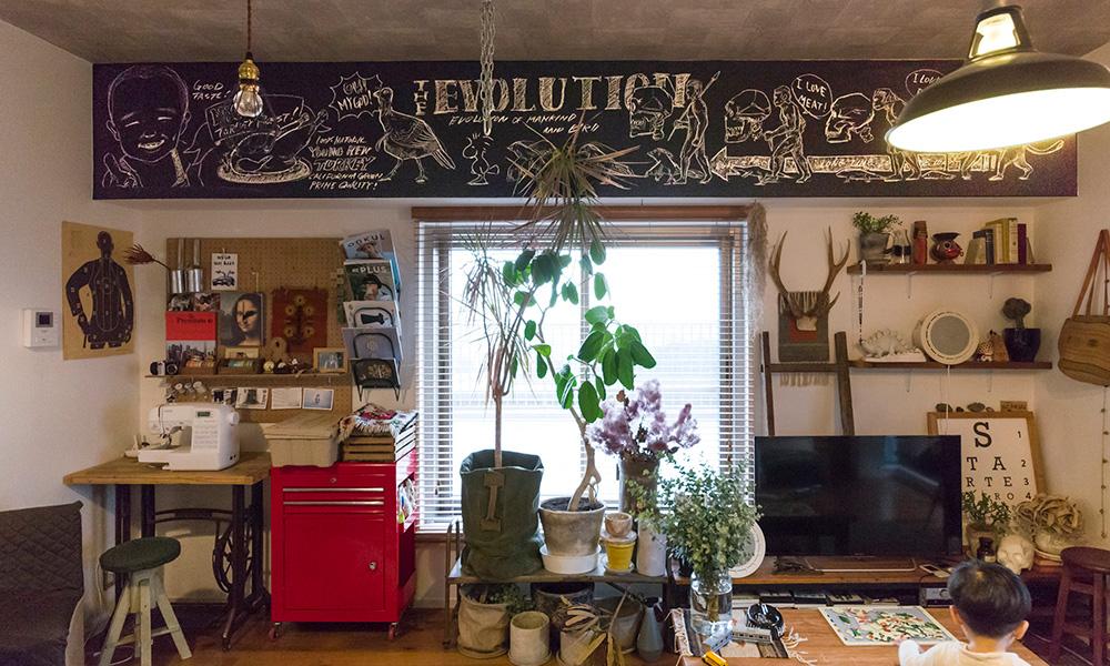 部屋に自分で絵を描く  梁に描いたサインアートで 自分らしい空間に