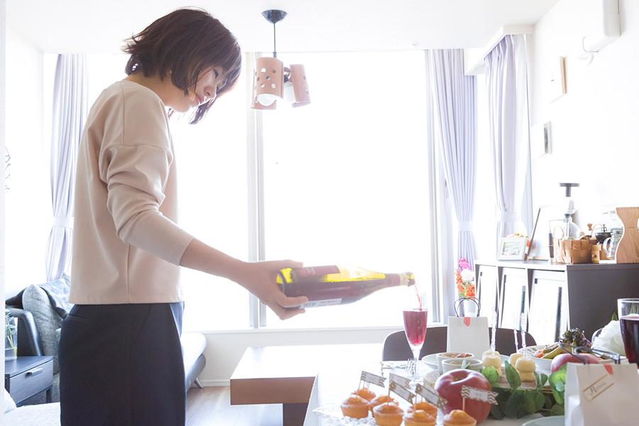 ホームパーティープランナー村上あゆ美さん。アメリカでレストランマネージメントを学ぶ。IN THE Spotlight代表。