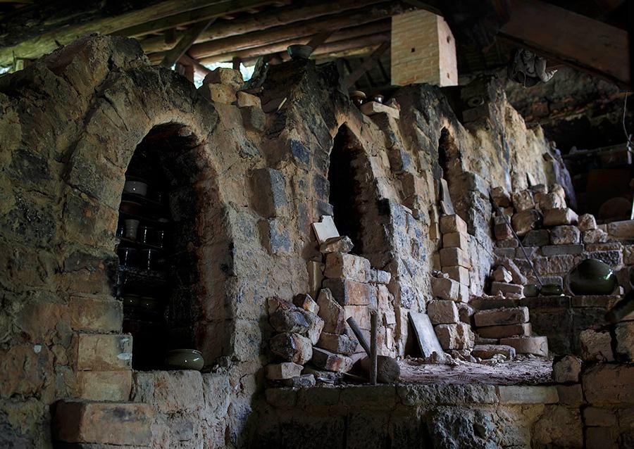 いまでは江津市内で「登り窯」を使っているのは嶋田窯1軒のみ。
