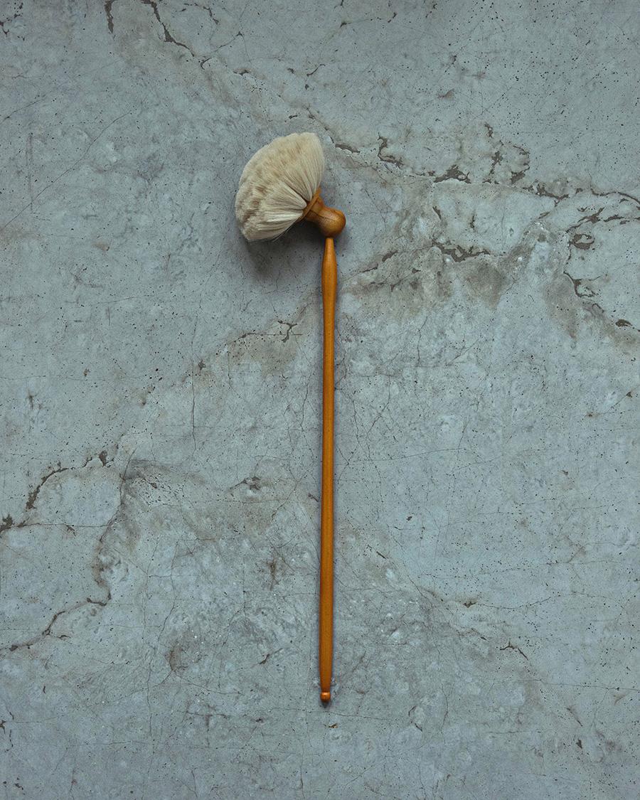 山羊毛はたき(ブナハンドル・ヘッドの角度変更可能)φ180 H600mm ¥6,000