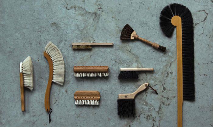 レデッカーのブラシ部屋に飾っておける美しい掃除道具たち