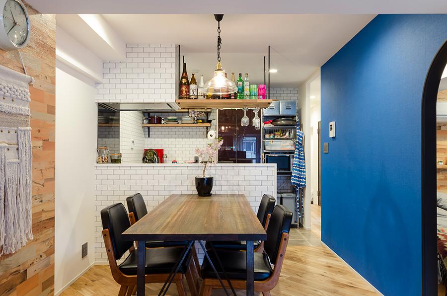 キッチンテーブルはjournal standard Furniture(http://js-furniture.jp/)で購入。