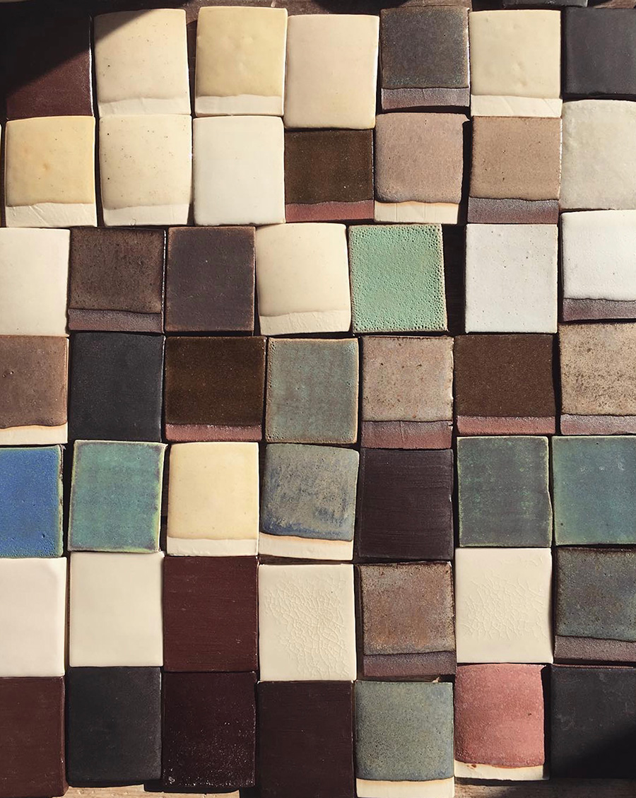 ストイックな姿勢で開発された釉薬がもたらす色合い。