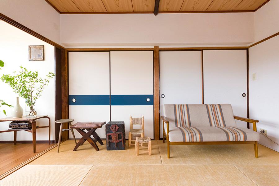 器同様、家具も作った人の息遣いが伝わるものや、プリミティブな素材のものに心惹かれるのだそう。