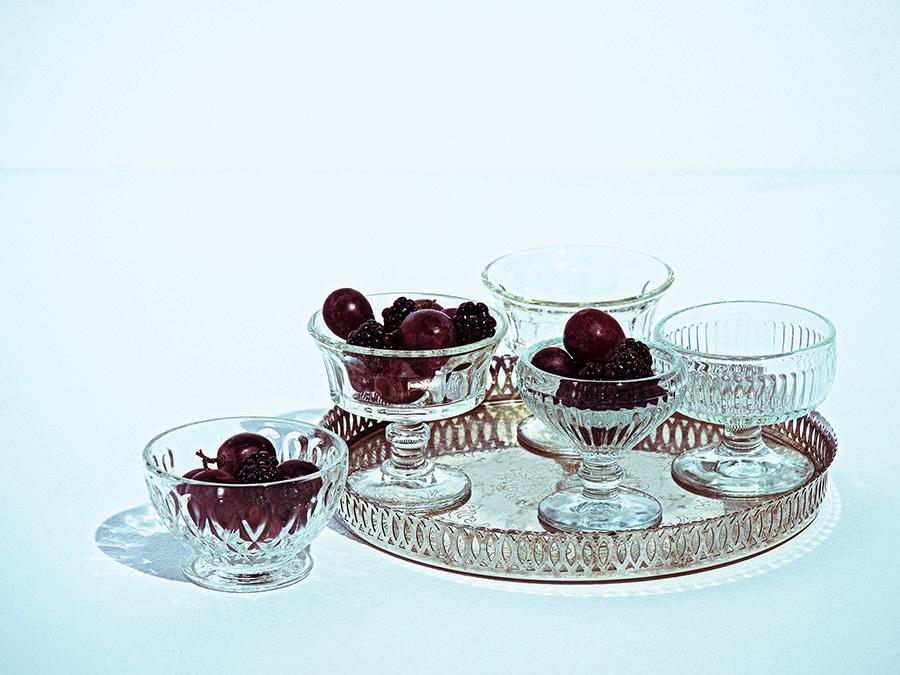 フルーツやアイスクリームなど冷たいデザートにぴったりなガラスの器。