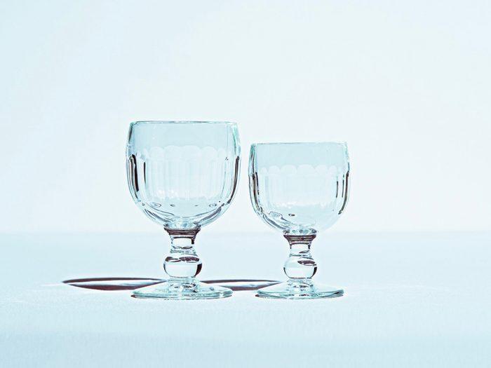 コトーワイングラス 左から 300cc φ85 H135mm ¥1,100 200cc φ75 H120mm ¥1,000