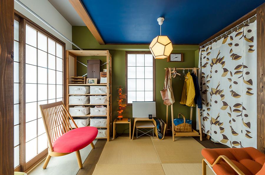 日差しがたっぷりと入る場所には和室を設けた。