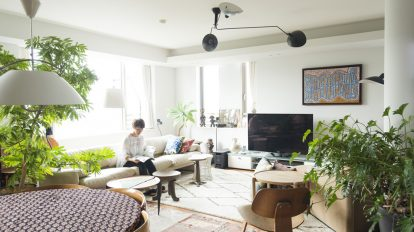 高台のマンションをリノベヴィンテージもエスニックも光と風が通り抜けるMIX空間
