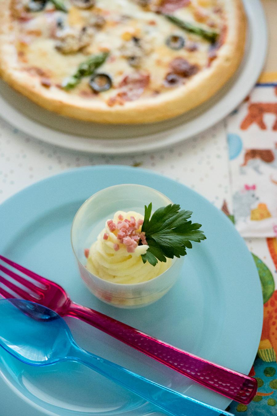 濃厚なミルクやたっぷりチーズのコクは、子供にも大人にも満足。