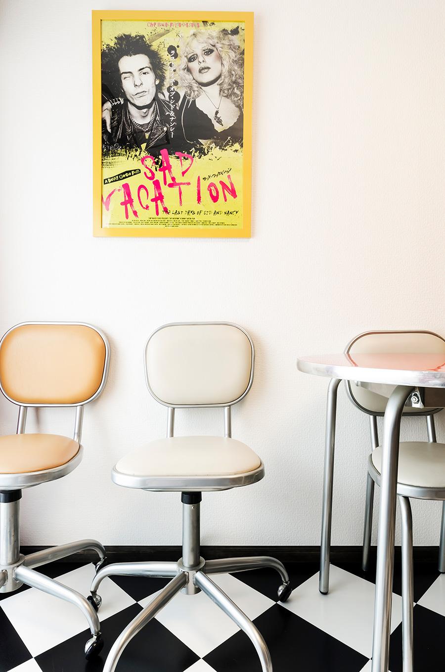 セックス・ピストルズの映画「SAD VACATION」のポスター。
