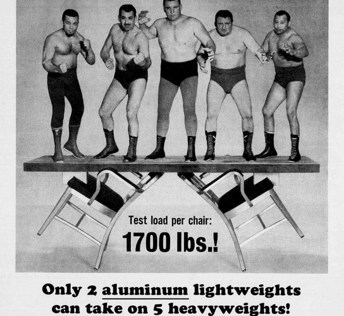 1950年当時のemeco社のポスター。体格のいいプロレスラーが5人乗っても耐えられる、という強靭さをユニークにアピールされたもの。