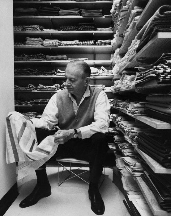 アレキサンダー・ジラード (1907- 1999)ニューヨーク生まれの建築家・デザイナー。