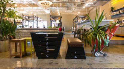 家具のアップサイクル -3学校やオフィスの廃棄物から家具を作るアイディア