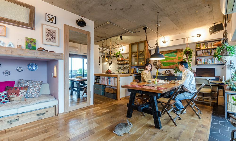 手をかけて大切に営む暮らし  解体から工事まで 一家で築き上げた独創空間