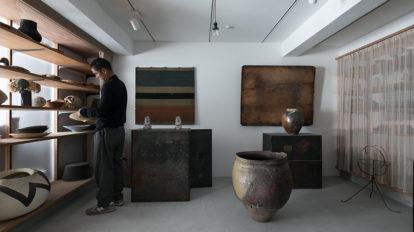 アートと共に暮らす家ギャラリーを作り好きなものに囲まれて生活する