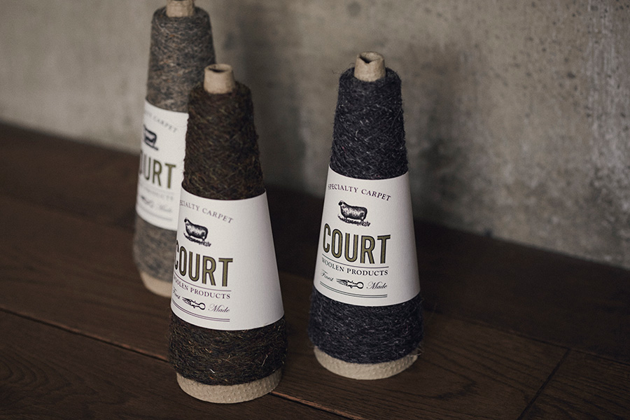 世界のウールのわずか3%しかない希少価値の高い羊毛を使用した、COURTオリジナル紡績糸 。