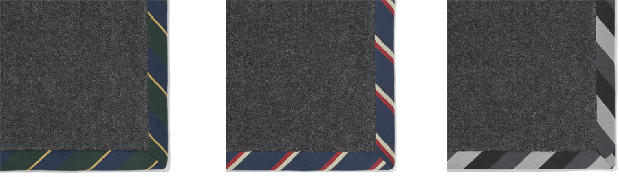 ダークなベースカーペットに合わせるとネクタイのアクセントはシックな印象に。左からTie-Green・Tie-Navy・Tie-Black