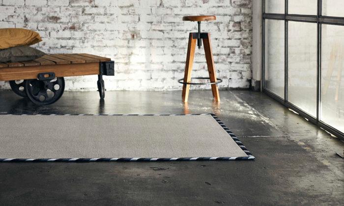 堀田カーペットのウールラグ&カーペットウィルトン織機で織り上げた本物のカーペット