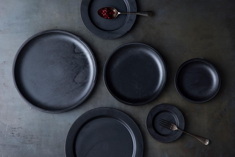 Rim Plate 120(Black) φ120 H16mm ¥1,800 Rim Plate 180(Black) φ180 H16mm ¥2,900 Rim Plate 240(Black) φ240 H16mm ¥5,800