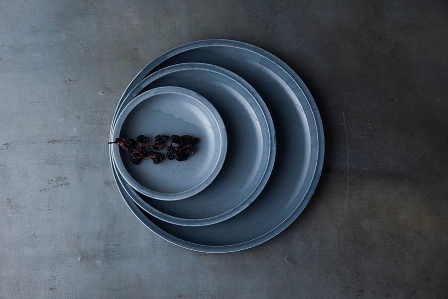 Plate 140(Gray) φ140 H20mm ¥2,200 Plate 200(Gray) φ200 H20mm ¥3,600 Plate 260(Gray) φ260 H20mm ¥7,000
