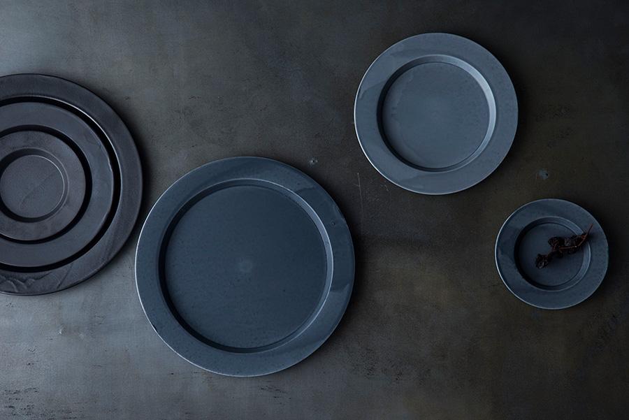 Rim Plate 120(Gray) φ120 H16mm ¥2,100 Rim Plate 180(Gray) φ180 H16mm ¥3,400 Rim Plate 240(Gray) φ240 H16mm ¥6,900