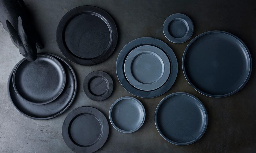 不完全な釉薬が美しい 有田焼の器2016/の陶磁器