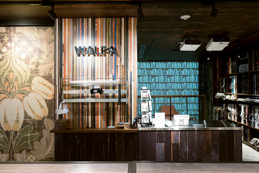 「WALPA store GINZA」では、プロジェクションマッピングで、仕上がりを体験できる。ワークショップは月に3〜4回開催。