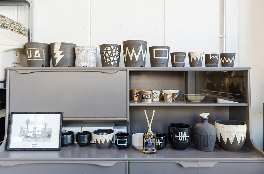 「Botanize」ではコーデックスに似合う鉢も厳選して販売。お気に入りを選んだら、鉢とのコーディネートを楽しんで。