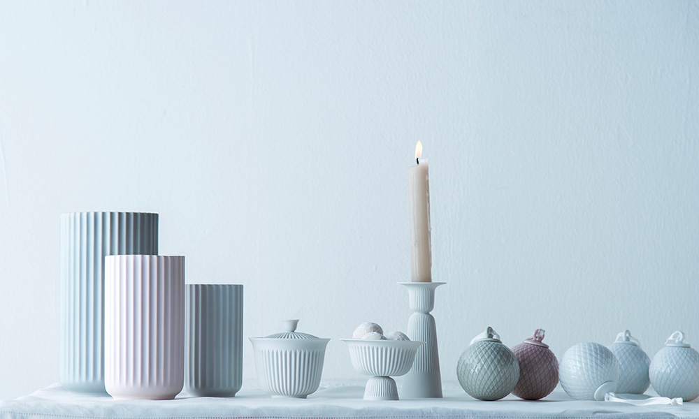リュンビュー ポーセリンの花器 バウハウスの影響を受けた シンプルさと機能美が魅力