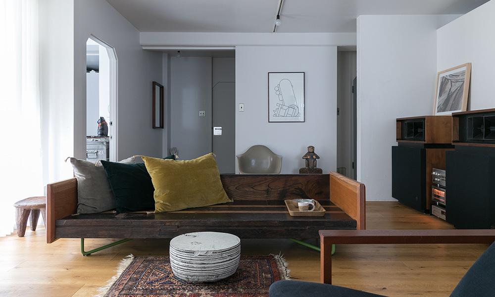 アートのある暮らし  坂倉準三設計の集合住宅を 自分でデザインしてリノベーション