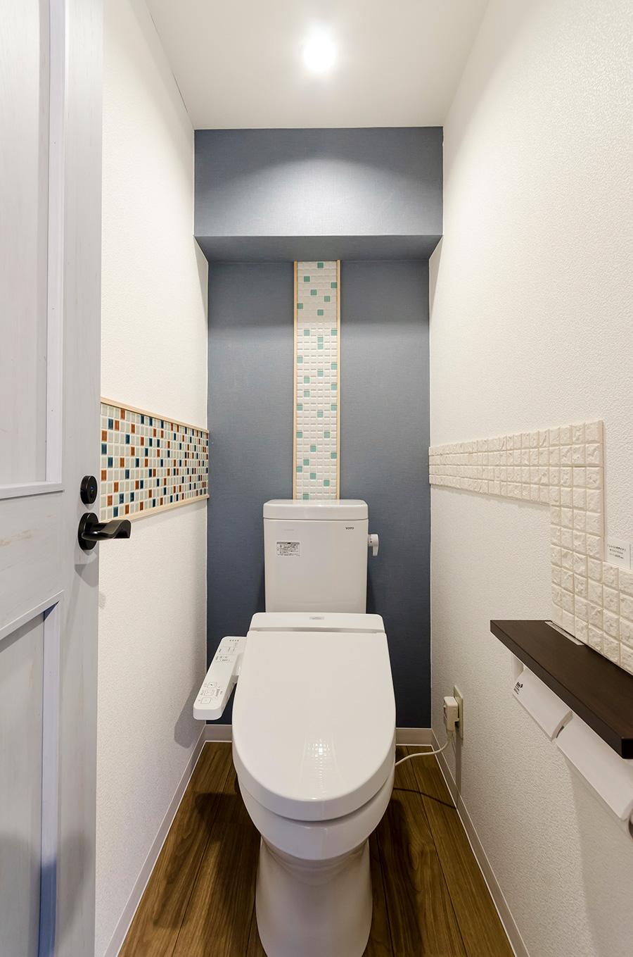 トイレは色んなアレンジを楽しみたい空間。シートタイプなら思い通りに。