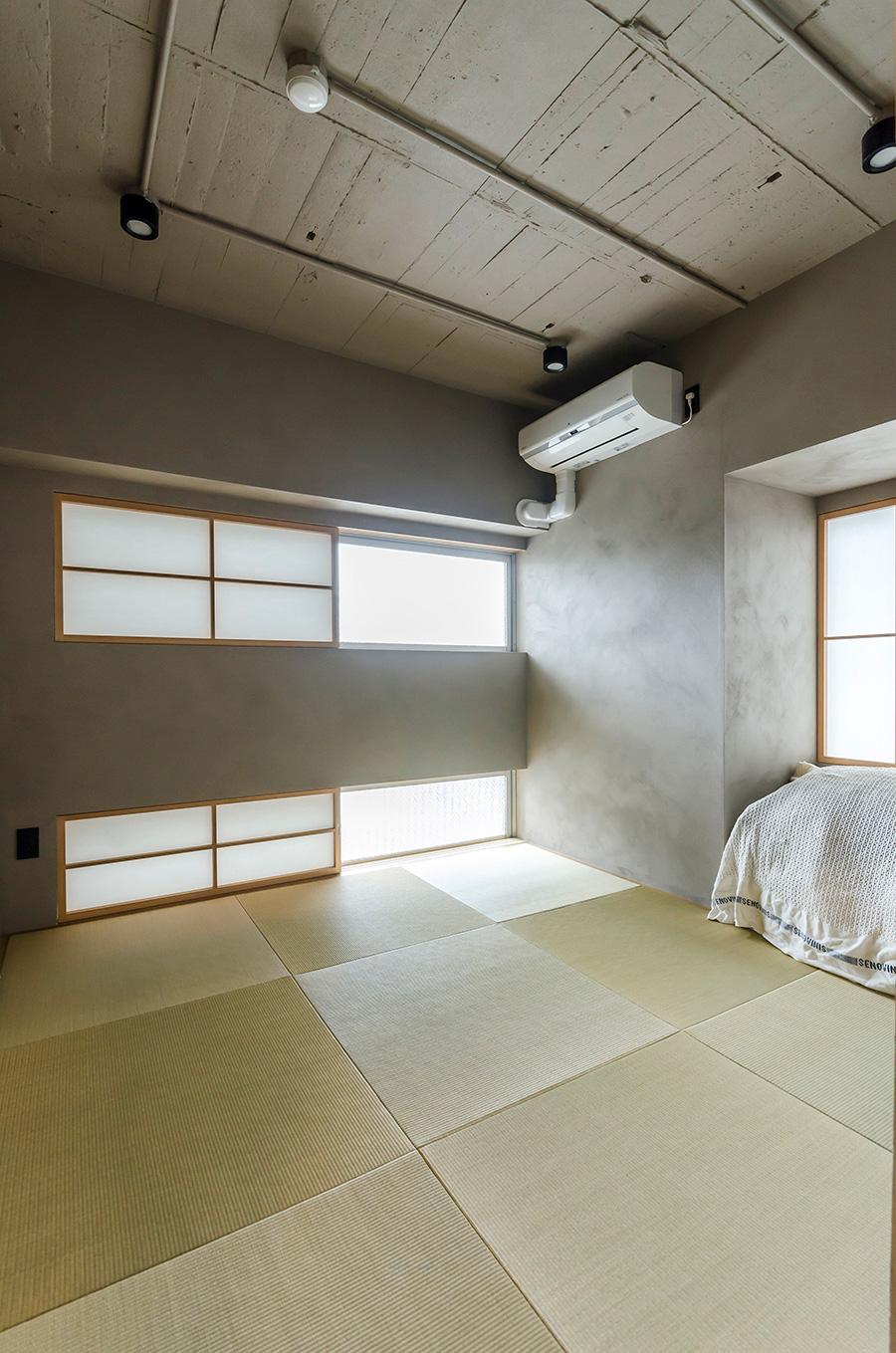 約8.5㎡の和室は施工前からあった雪見障子を生かすことに。