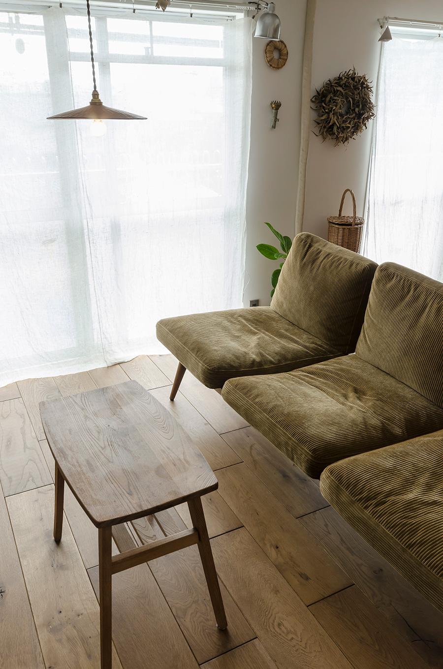 フェザーのソファは「TRUCK」で購入した。