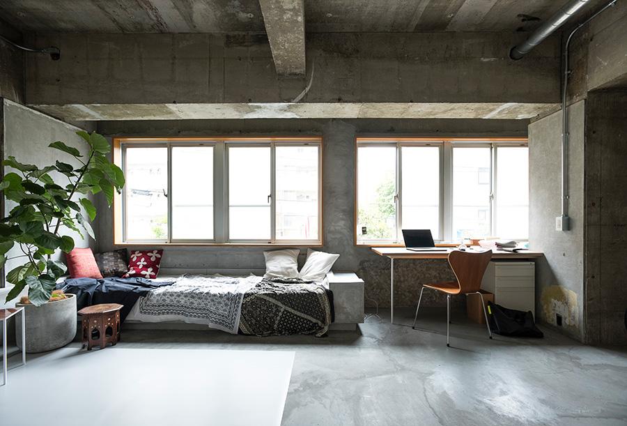 仕事場でもあるオフィスリビング。渋谷区富ヶ谷に立地し、アクセスに便利。
