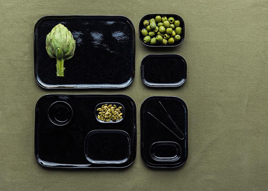 個性的なアーティチョークやオリーブなど、緑色の食材がより映える。