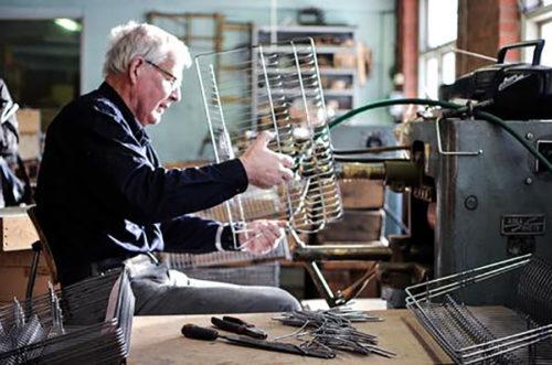 すべての生産をスウェーデンの職人が手がける。