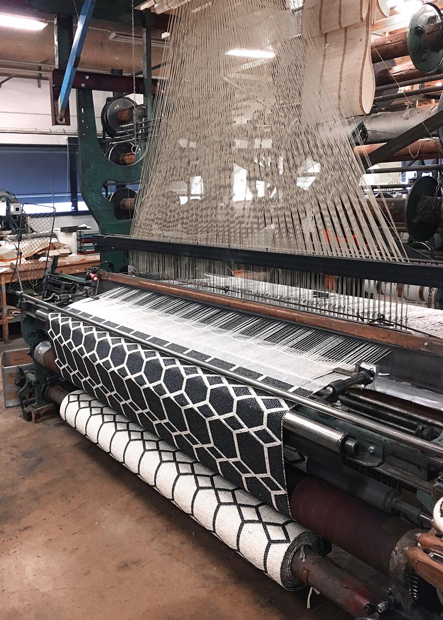 1940年代の古いスウェーデン製の織機。