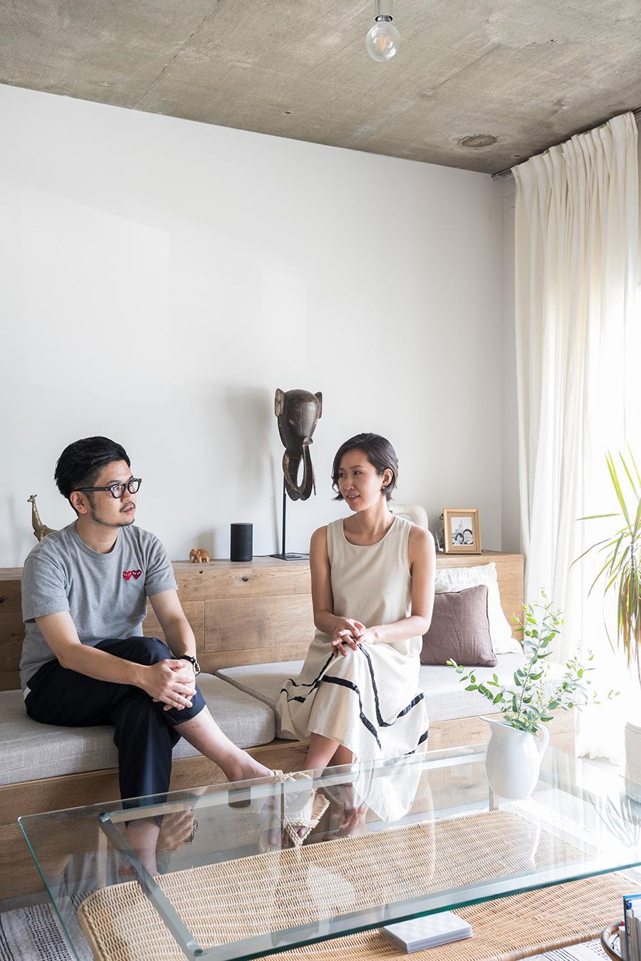 大手企業でマーケティングを担当する小川望さんと、moyadesignを運営する友紀さん。DIYで更新しつつ、新しい空間づくりへの夢も。