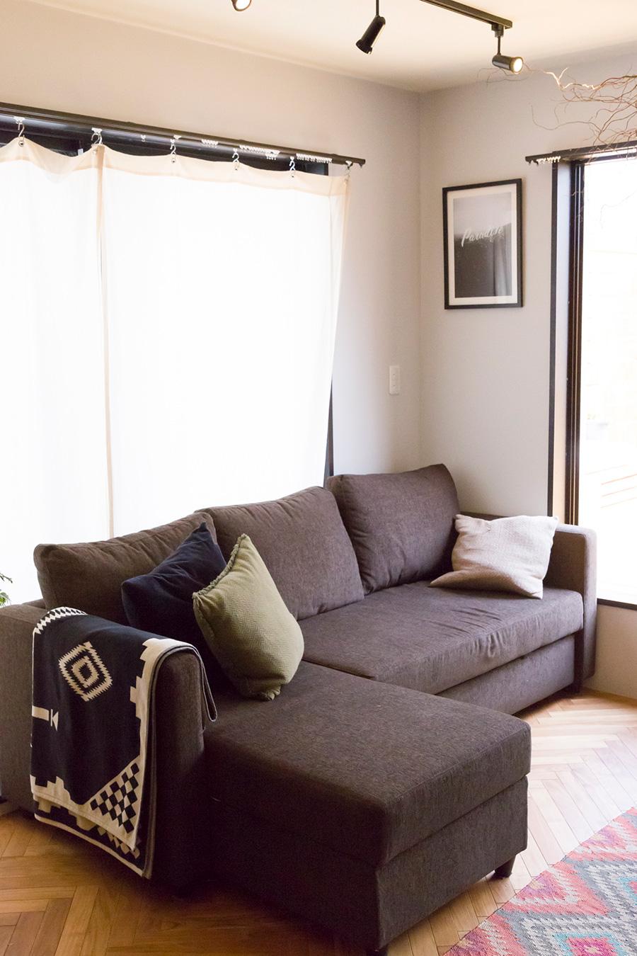 「ソファーベッドはニトリで買いました。これがかなり優秀で、ベッドとしても使ってもとても寝やすいんです」