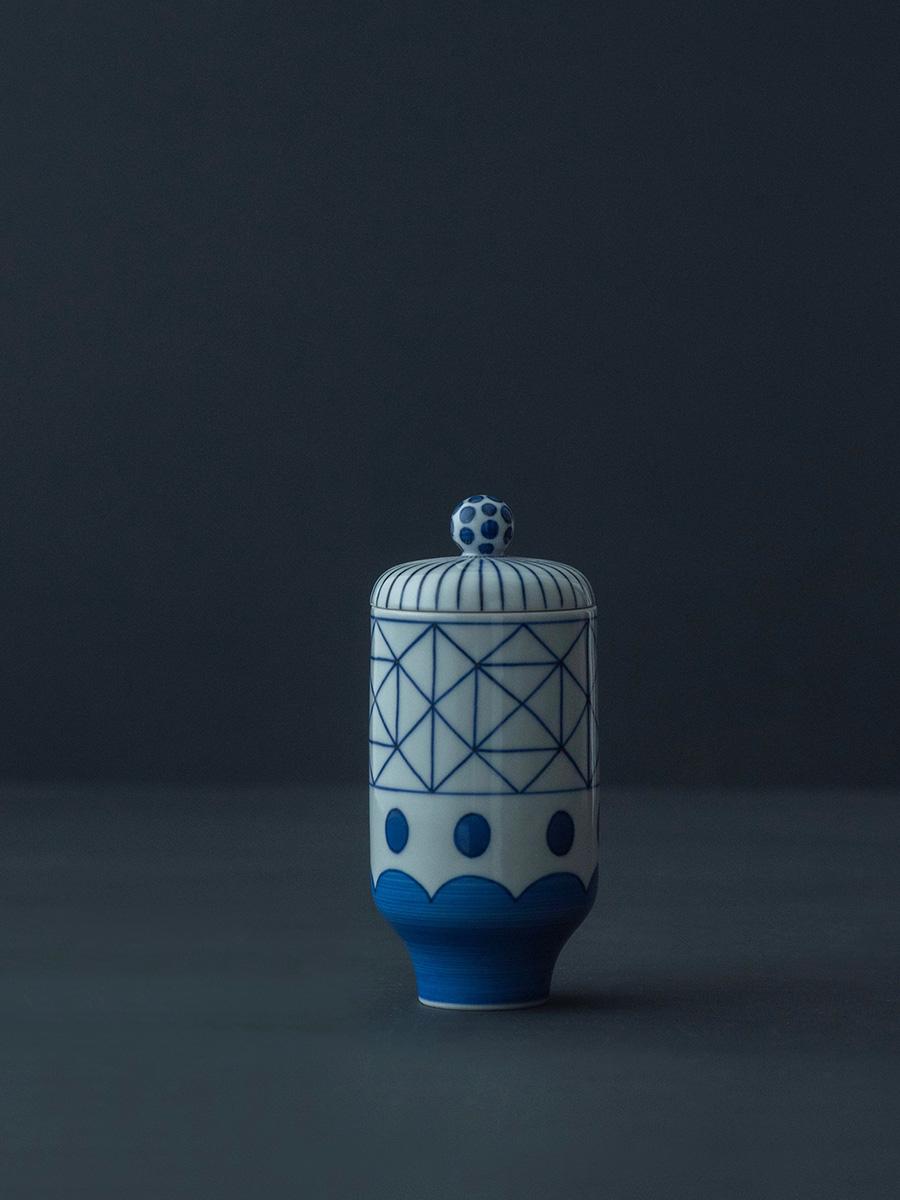 蓋付 小吸物 格子に波  φ60 H135mm ¥20,000 蓋付きのコップや湯呑みとしても使える。