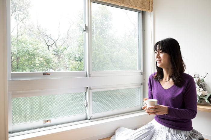 「家にいるのが幸せなんです」と木村さん。念願のリノベーションを実現。