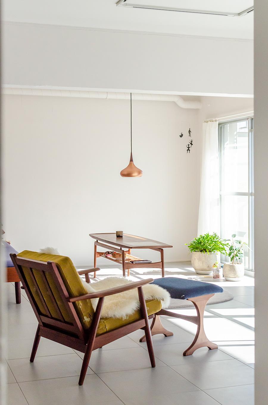 シングルソファはデンマークのロッペンマルクト市場で購入。