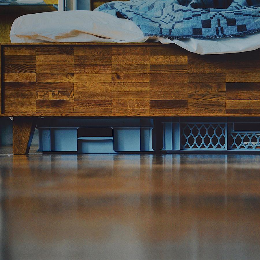浅いタイプは、ベッド下などデッドスペースを収納にぴったり。