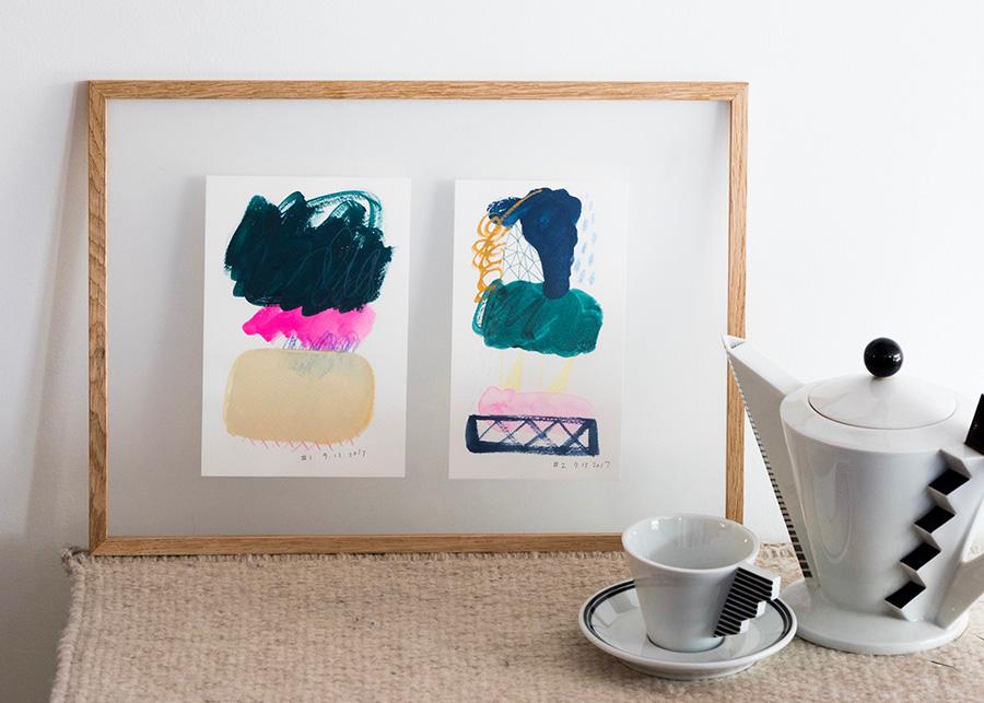 MOEBEの透明なアクリルフレームに、小さな作品を2枚並べるアイデア。 ニューヨークで活躍する日本人イラストレーターYoriko Shiraishiさんの作品  各¥24,000