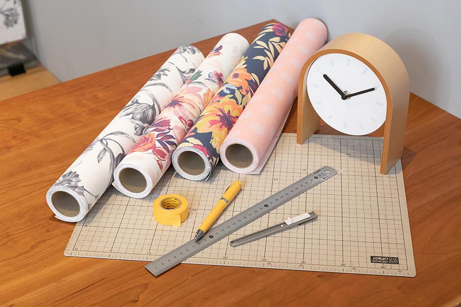 準備するものはこれだけ。右から2番めの壁紙をチョイス。