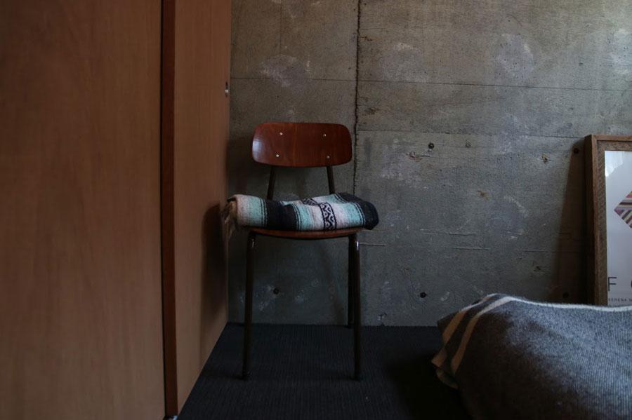 床材にはウールカーペットを選ぶこともできる。サイザル麻のカーペットより、より柔らかな印象に。