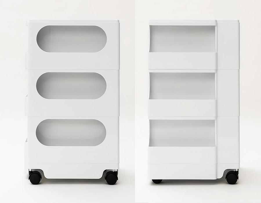 左のフレキシブルボックスは、用途に合わせて取り外しが可能な棚板付。棚板を取り外すとポスターなどの長さのあるものも収納が可能。右のサイドポケットは、ビン類やCDの収納に最適。